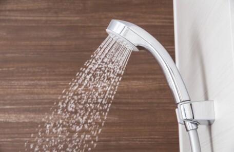 冷えるシャワー浴